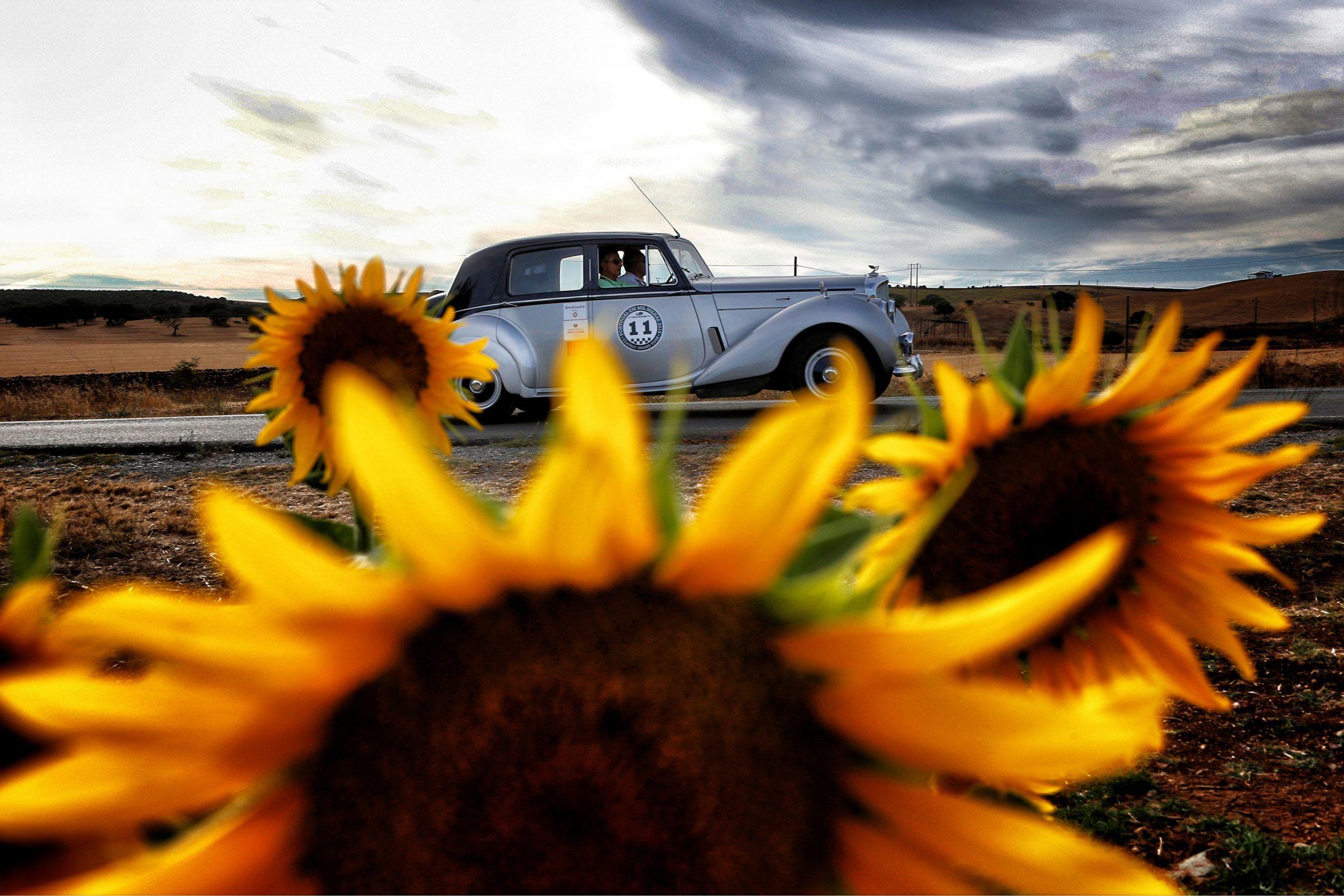 classic car tours in portugal