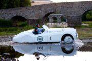 Passeio de carros clássicos em Portugal